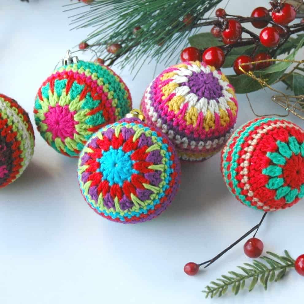 Top 12 Free Christmas Crochet Patterns   991x991