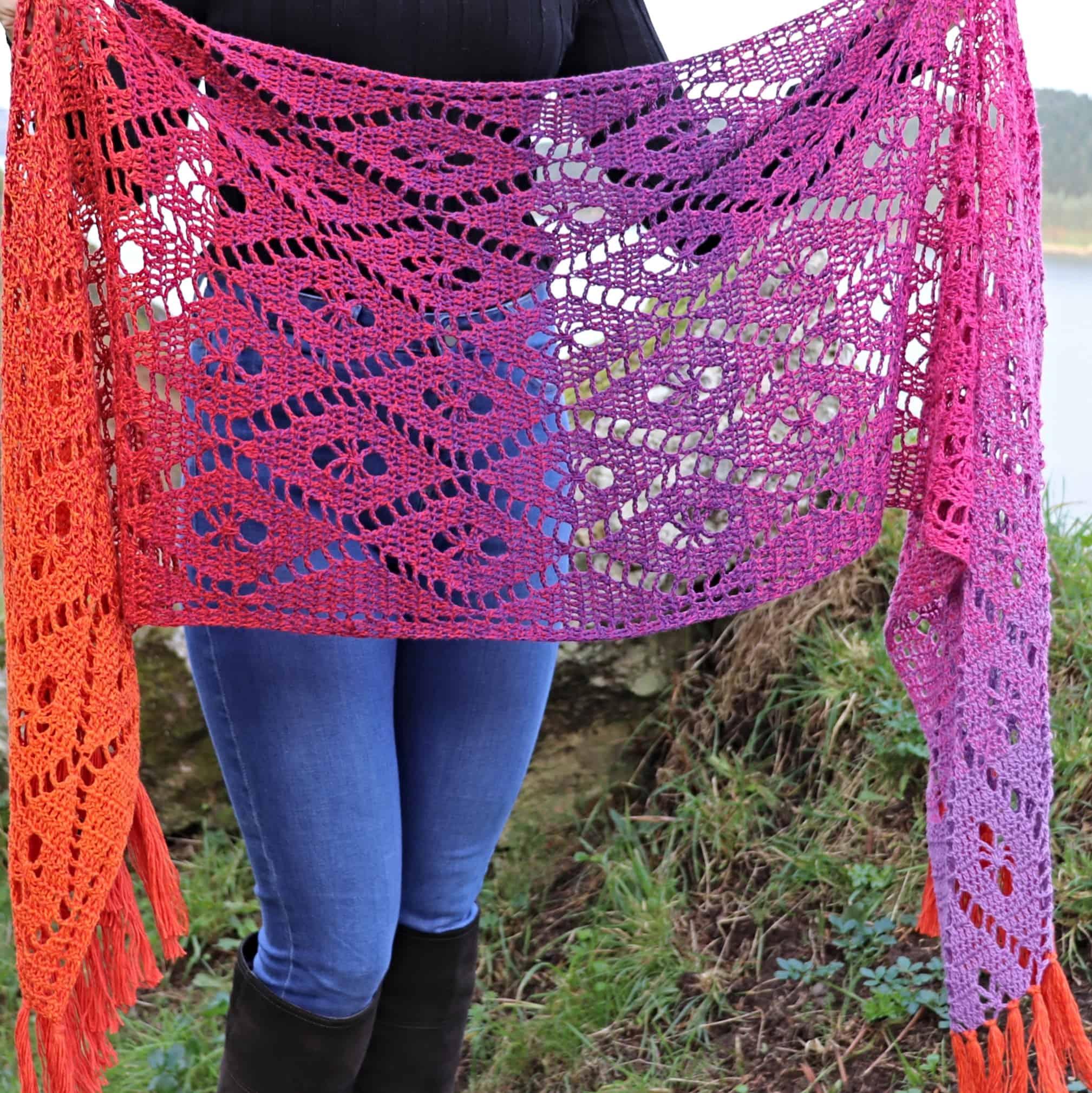 Aideen Wrap – Crochet Pattern in Scheepjes Whirl – Annie