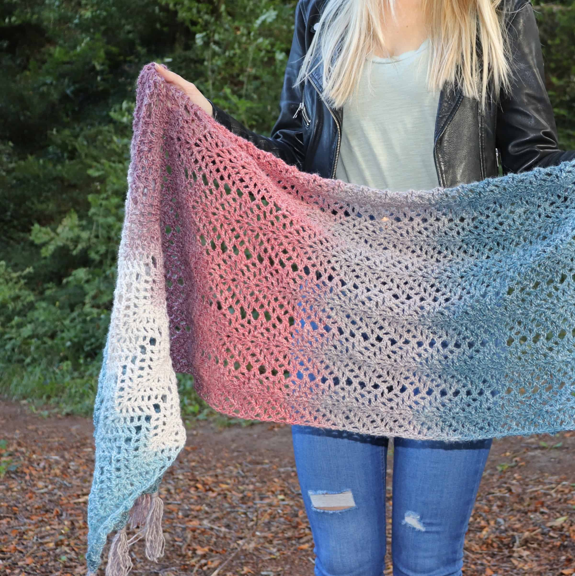 Omna Shawl Free Crochet Pattern Annie Design Crochet