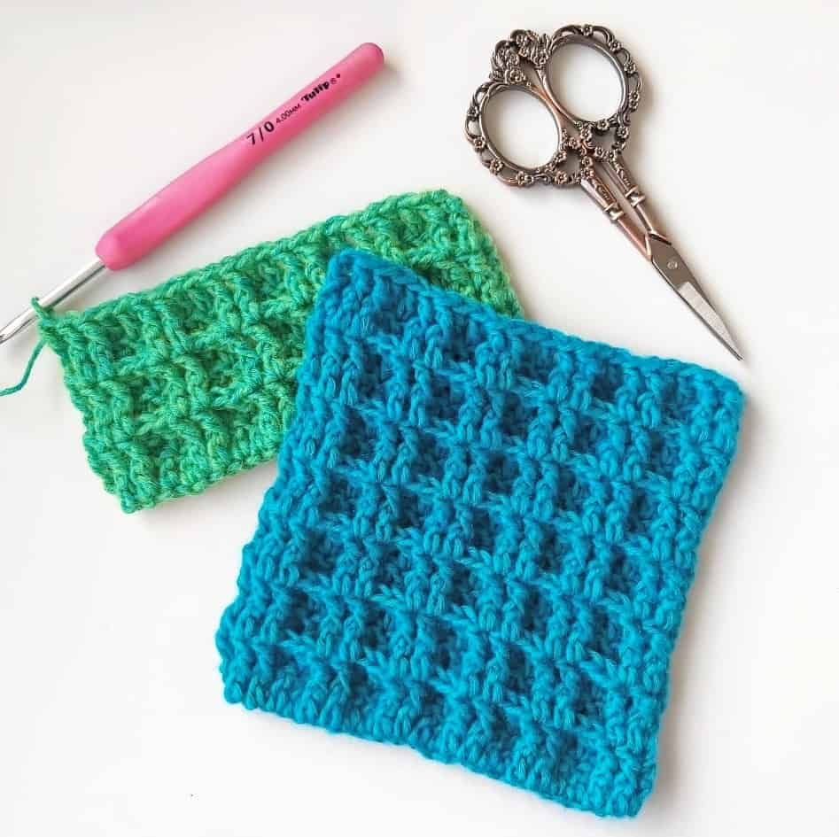 Starting to Crochet a Waffle Scarf